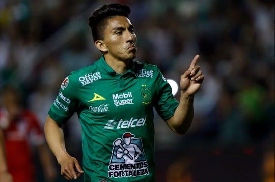 Ángel Mena, jugador del León.
