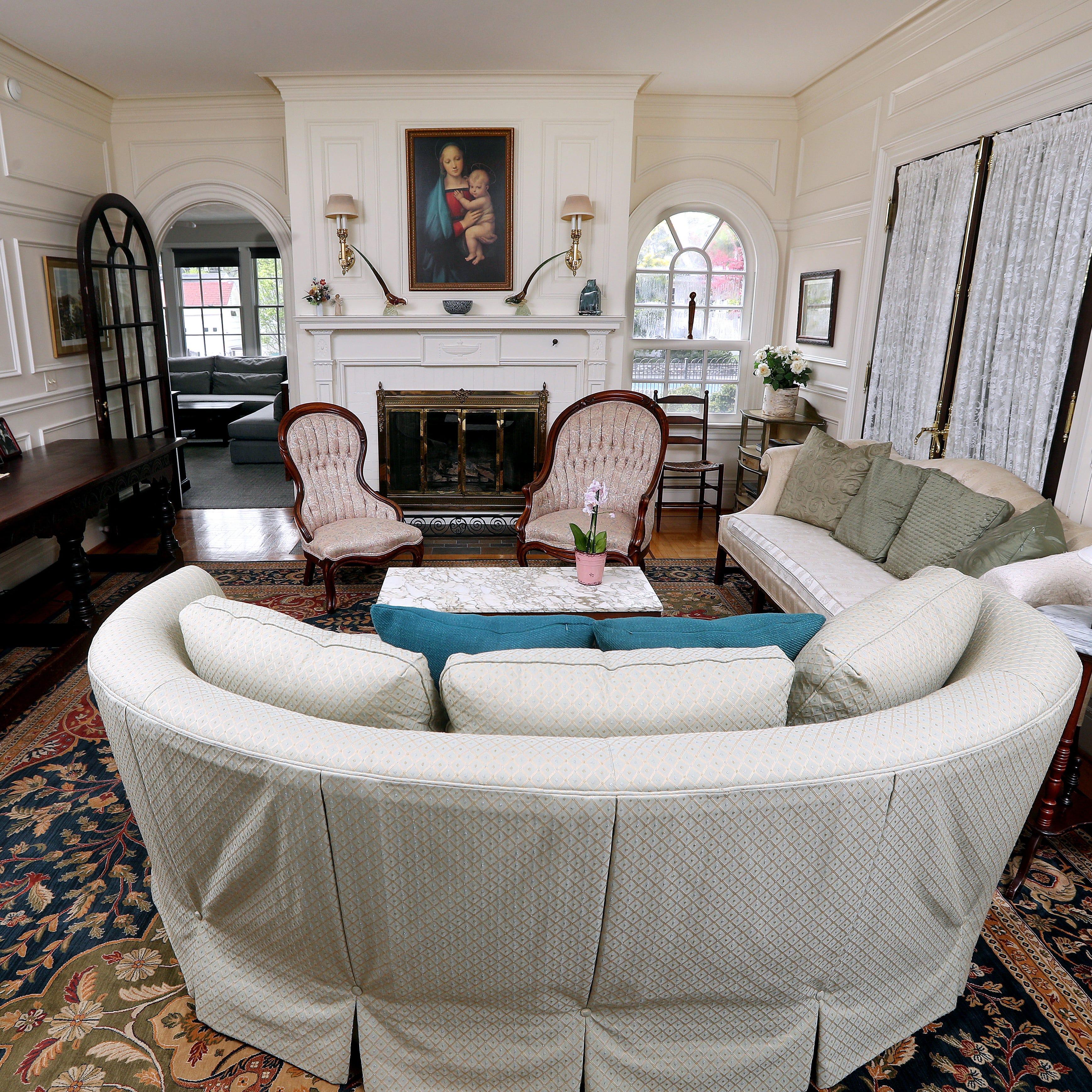 Historic Irondequoit mansion part of Landmark Society tour. Take a peek inside.