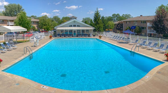 The luxurious pool at 1600 Elmwood is waiting for you!
