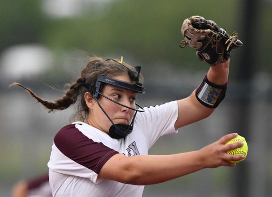 Calallen pitcher Lizette Del Angel throws a pitch against Flour Bluff in Game 1 of a Class 5A regional final on Wednesday, May 22, 2019 at Cabaniss Softball Field in Corpus Christi, Texas.