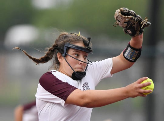 Calallen's Lizette del Angel pitches during the game against Flour Bluff in their first game in the Class 5A regional final series, Wednesday, May 22, 2019, at Cabaniss Softball Field. Calallen won, 2-1.