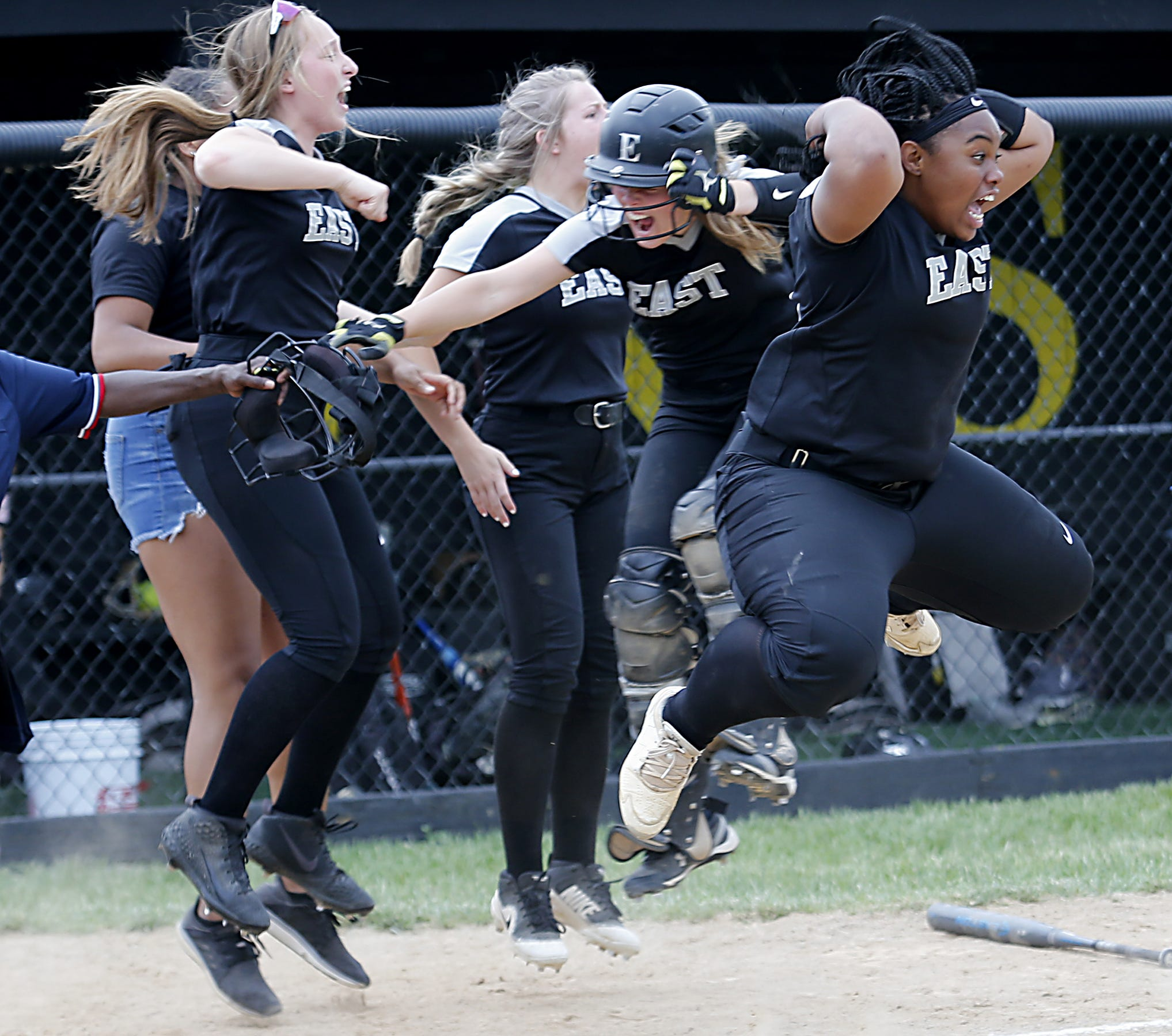 PHOTOS: Lakota East, Lakota West softball move on to DI regional finals
