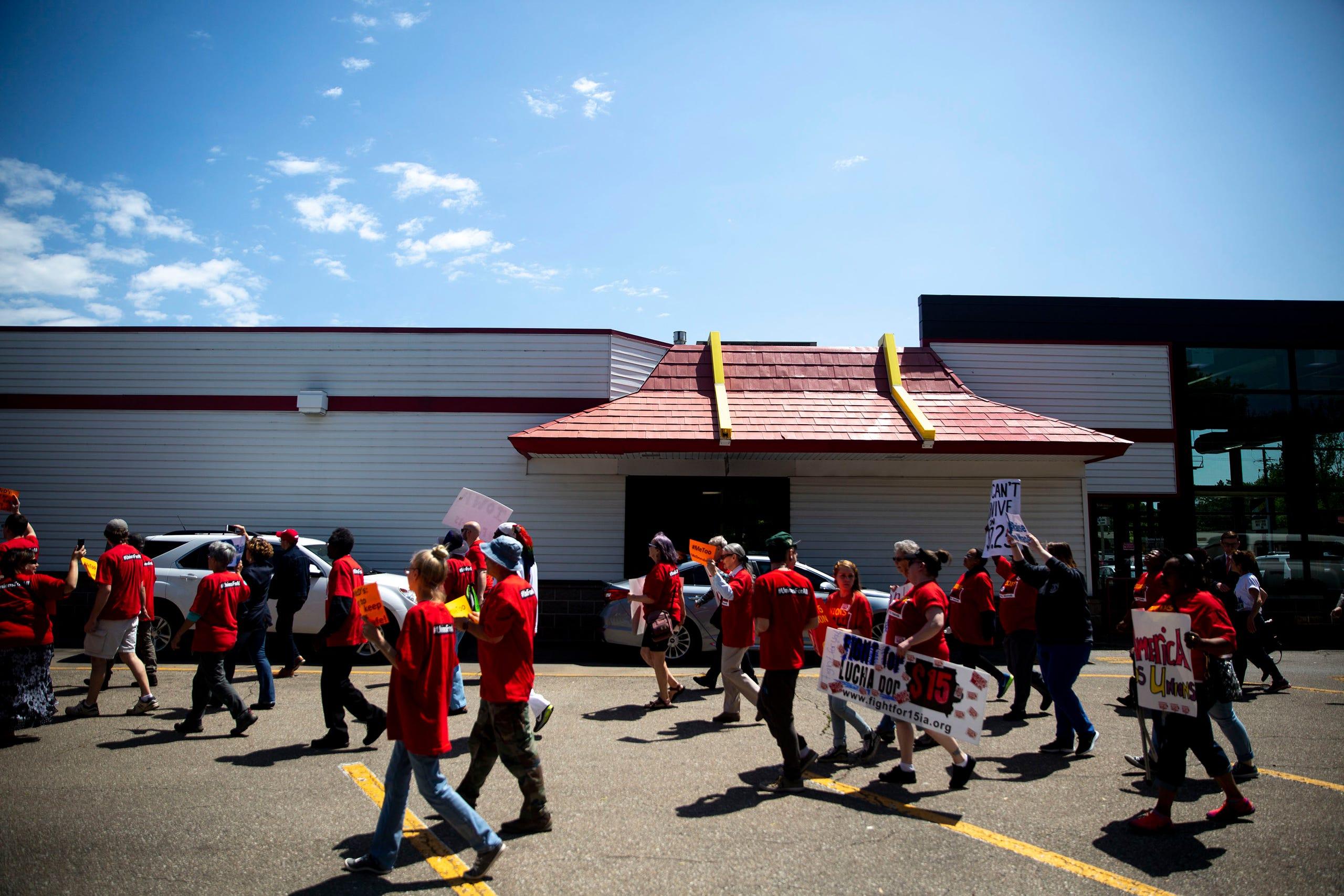 Photos: Minimum wage protest comes to Des Moines