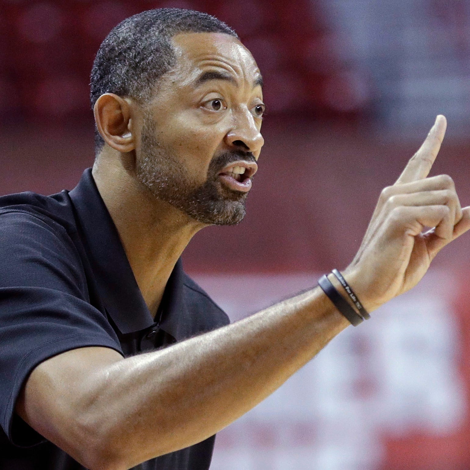 Duncan Robinson on Juwan Howard's coaching: 'When he speaks, you listen'