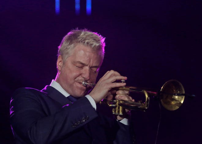 Smooth jazz trumpeter Chris Botti will open the Outdoor Concert Series at the Bastille on Saturdayin Hanford.