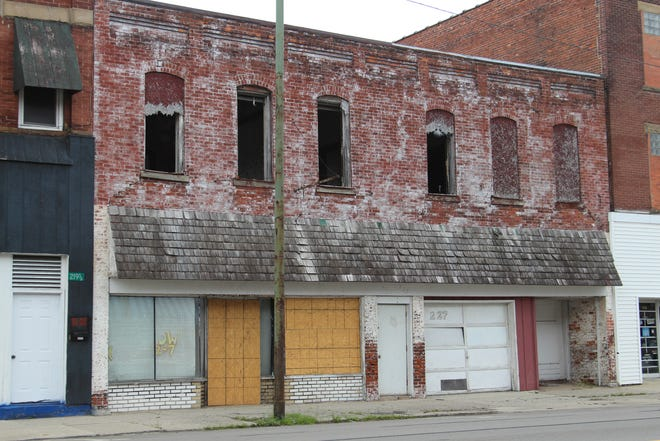 City officials hope to raze this building at 223-227 N. Main St. using grant dollars the city receives every other  year.