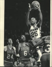 Paul Pressey of the Milwaukee Bucks soared to a basket during the playoff series against Philadelphia in 1986.