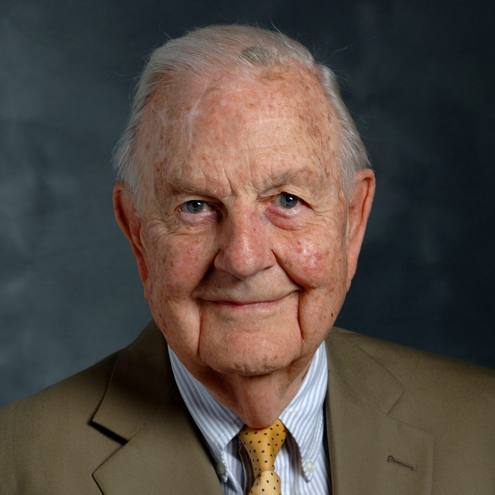 James Bass Sr. of prominent law firm Bass, Berry & Sims dies at 108