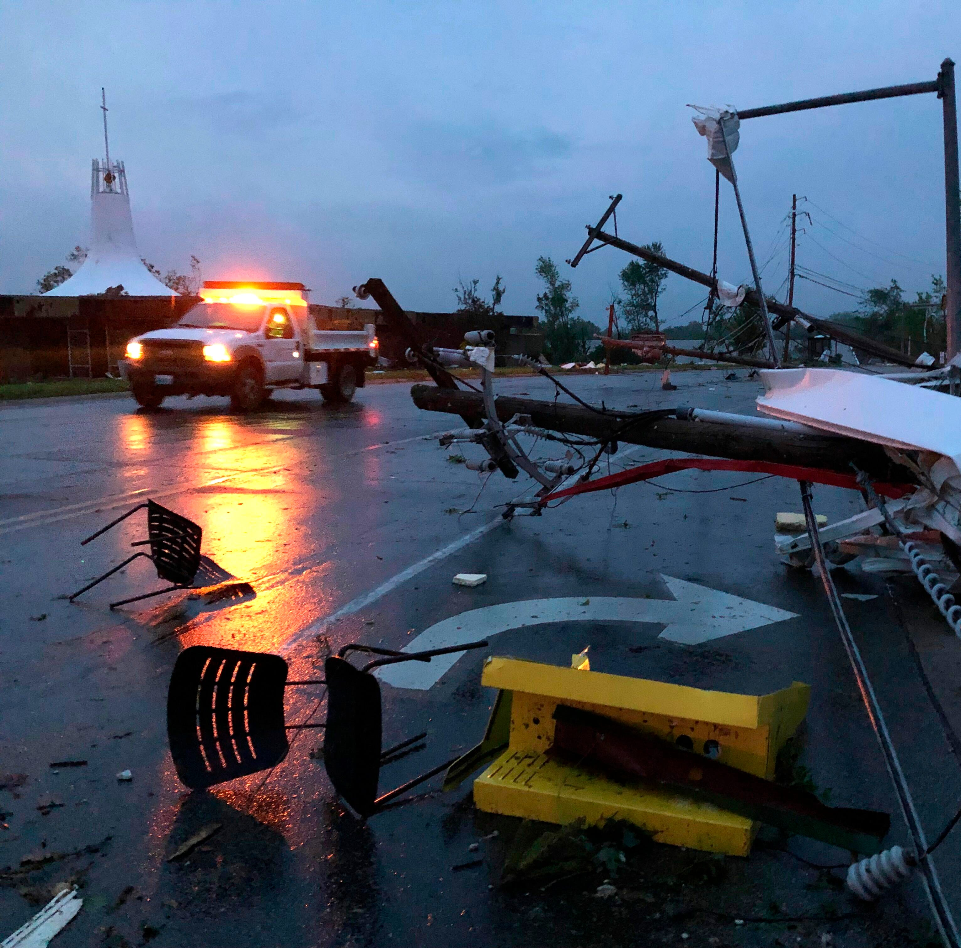 Tornado kills three in Missouri: 'Chaotic situation' in Jefferson City as severe weather sweeps state