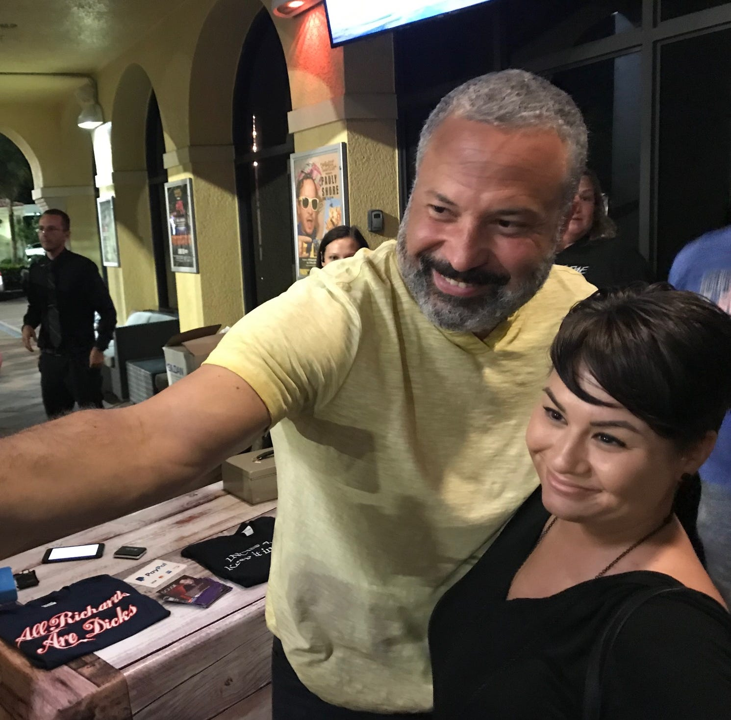 911 call comedian performs in Naples as crowd shows support