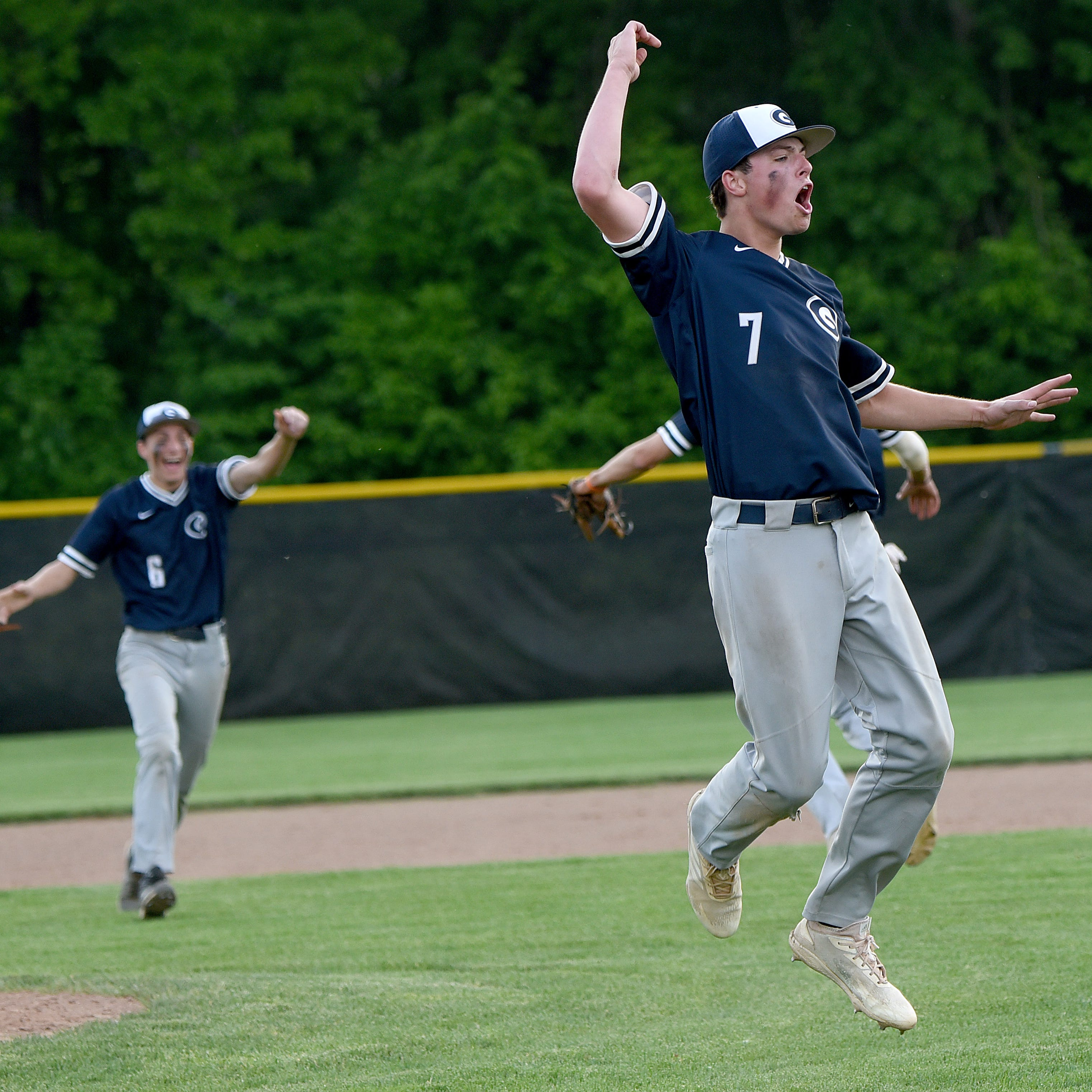 Granville baseball shocks Watterson with epic comeback for district championship