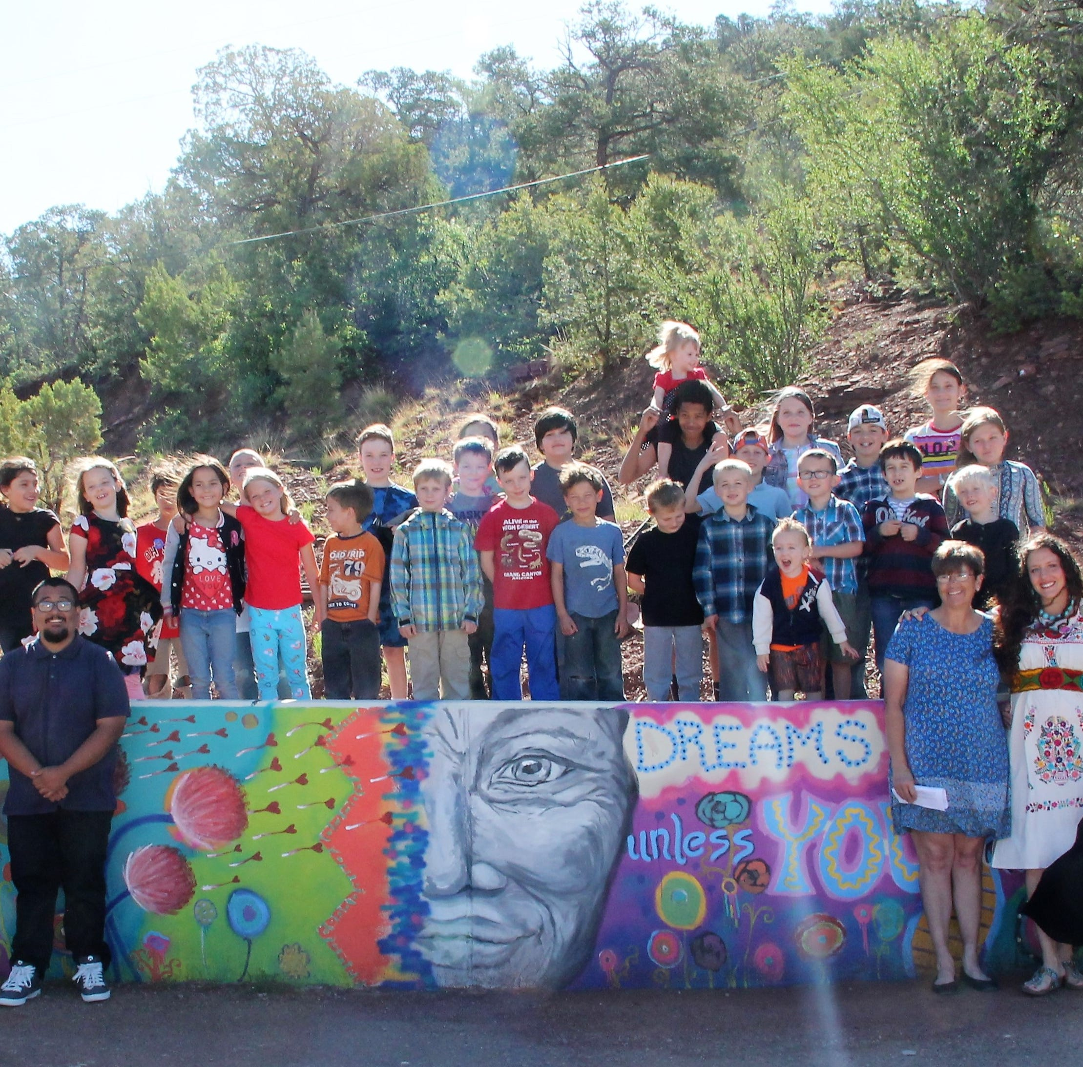 High Rolls/Mountain Park Elementary dedicates mural