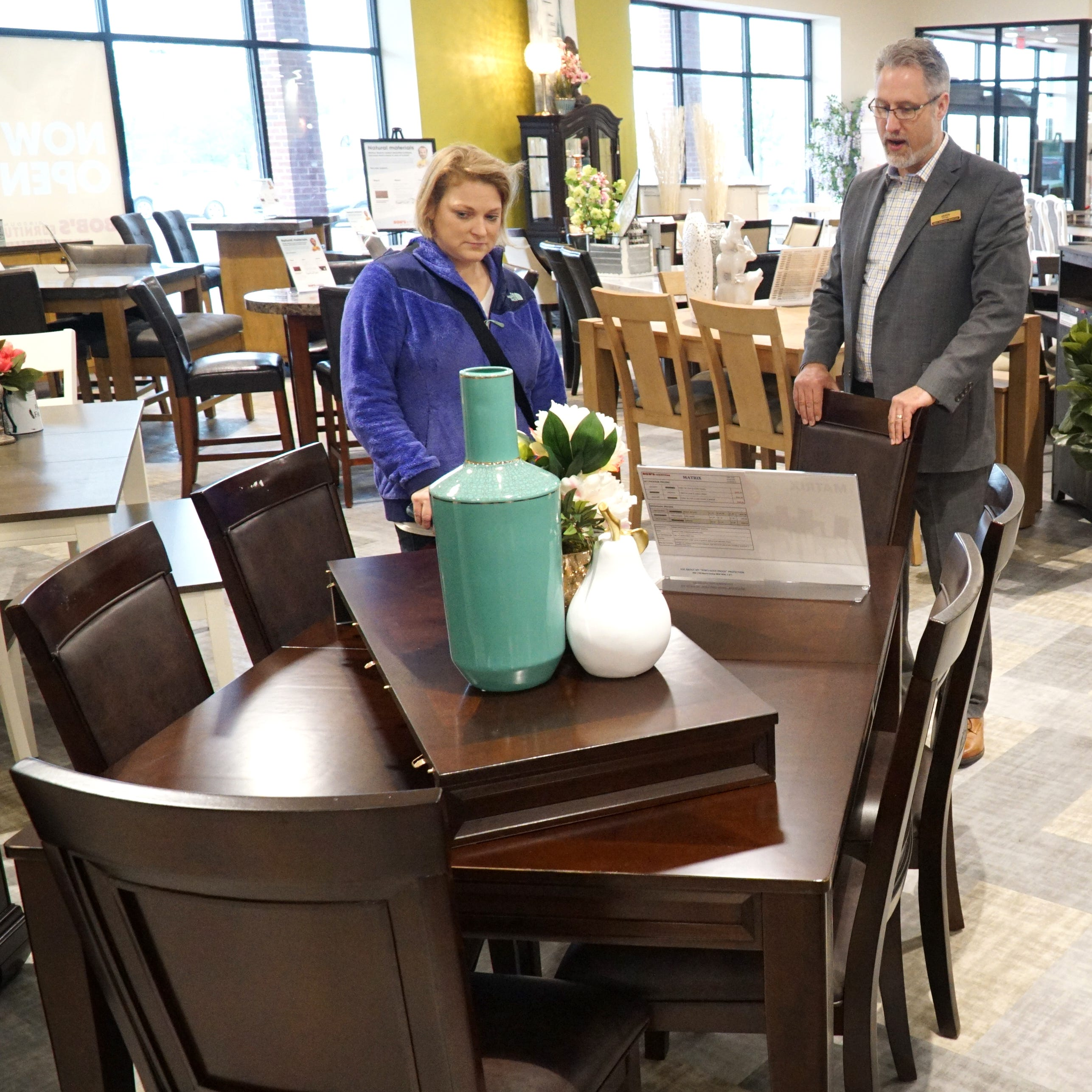 Need a new sofa? Bob's Discount Furniture opens in Novi, Livonia