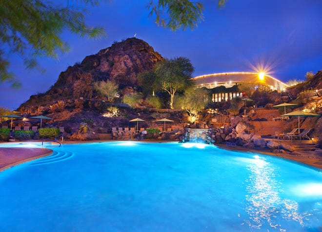 Make wonderful summer memories while living your best life at Phoenix Marriott Resort Tempe at The Buttes.
