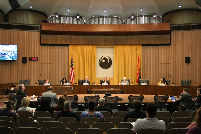 Members of the Phoenix City Council begin the budget meeting on May 22, 2019.