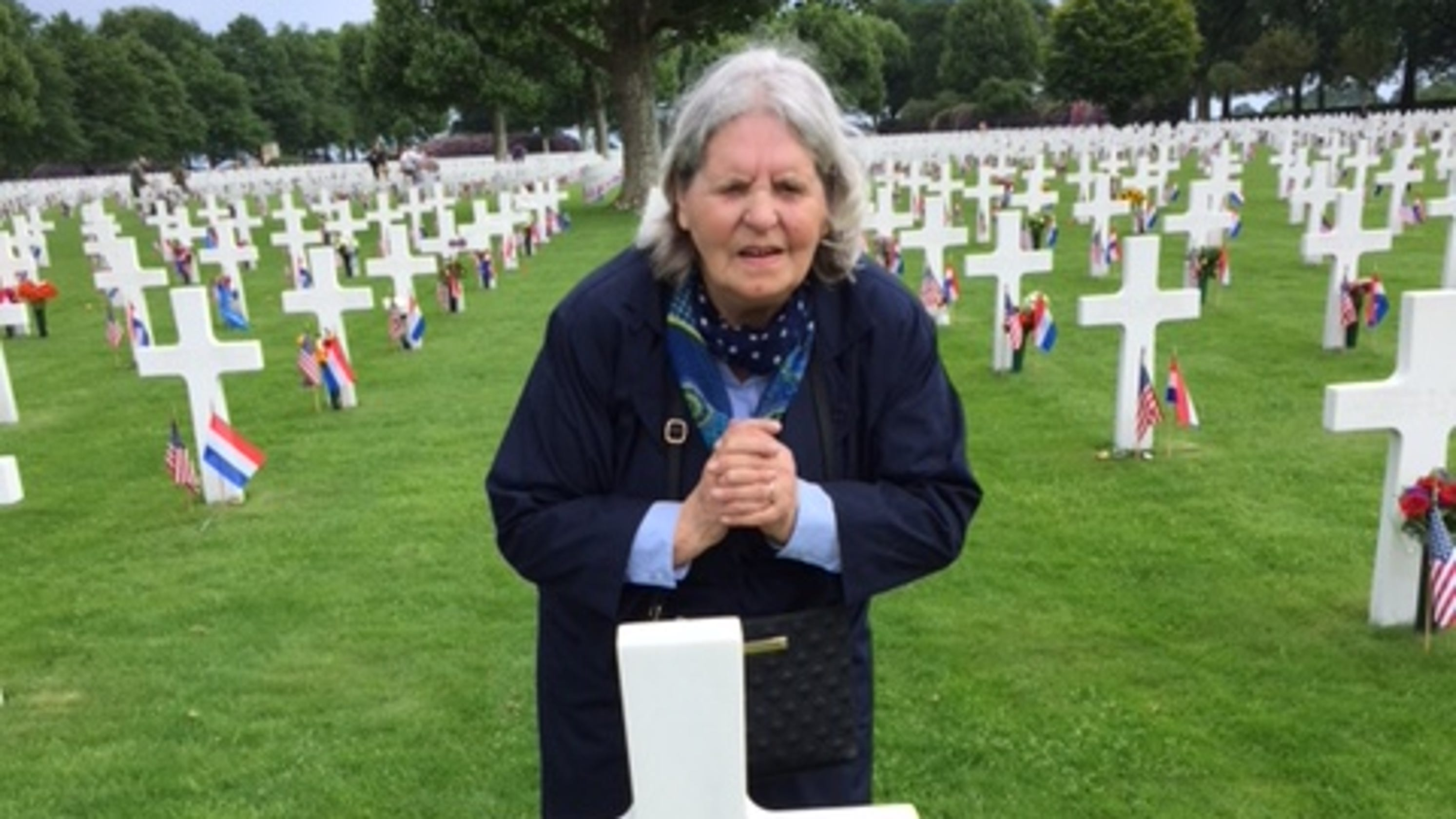 Memorial Day Wwii Soldiers Grave Tended To By Stranger For