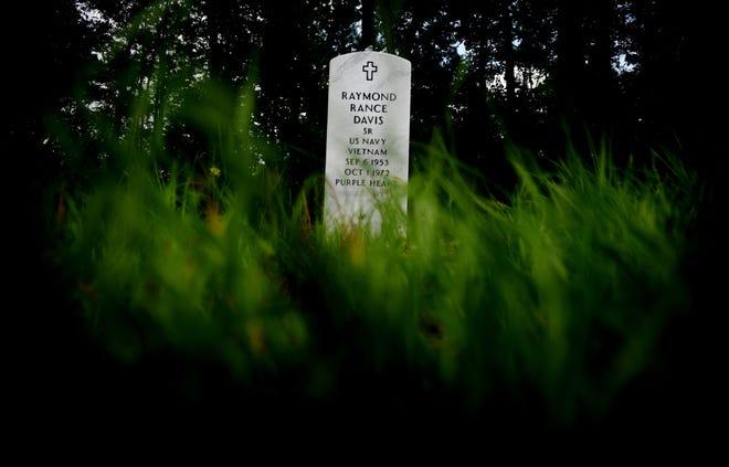The grave of Raymond Rance Davis at Carver Memorial Cemetery.