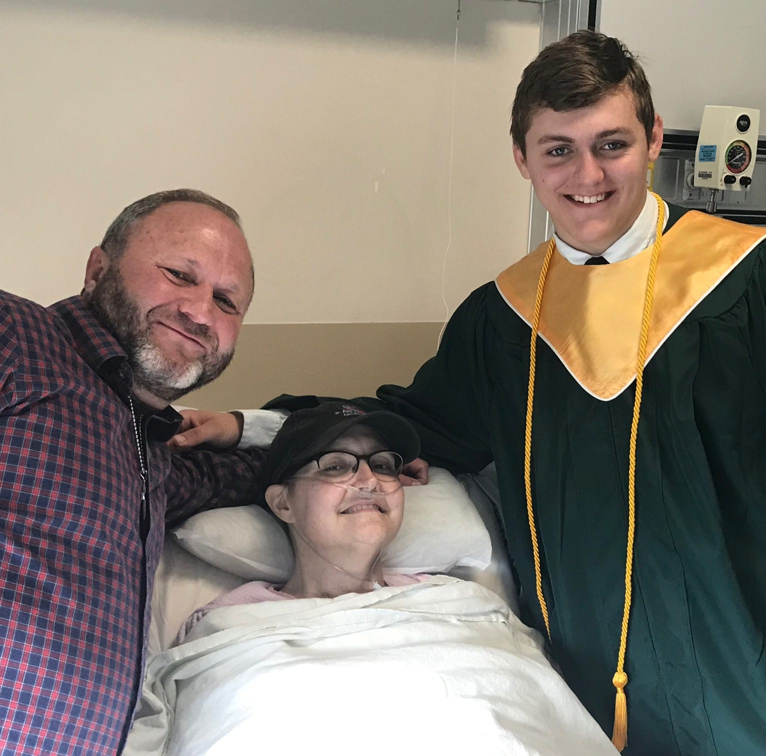 Lincoln High principal, superintendent bring special graduation to mom's hospital room