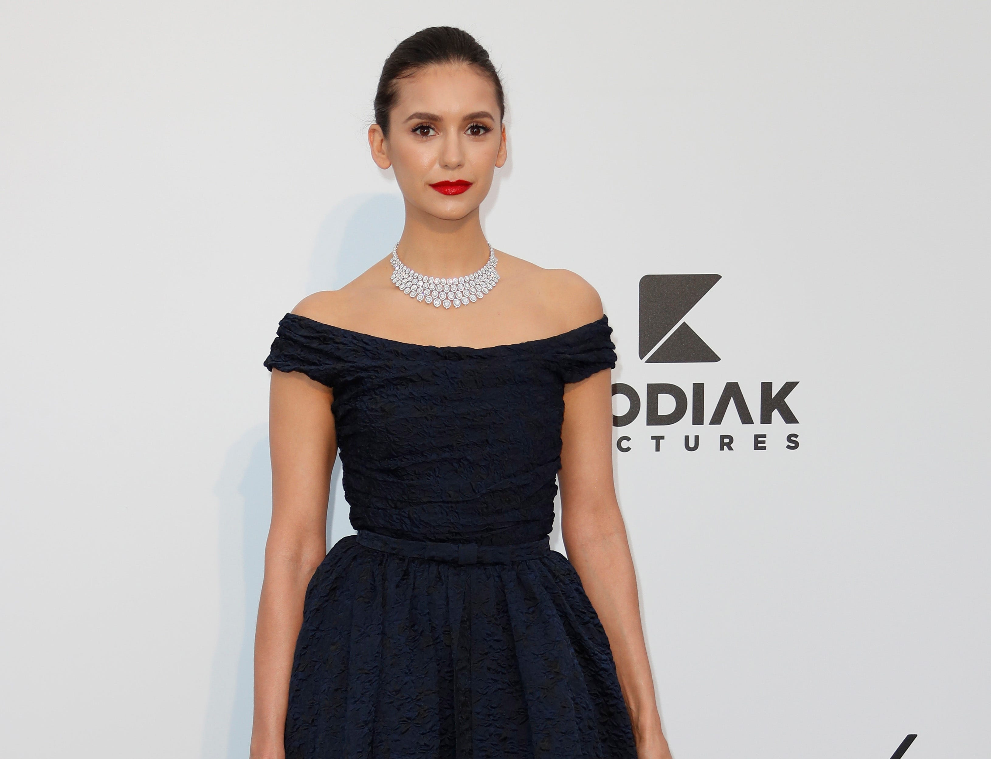epa07595108 Canadian actress Nina Dobrev attends the Cinema Against AIDS amfAR gala 2019 held at the Hotel du Cap, Eden Roc in Cap d'Antibes, France, 23 May 2019, within the scope of the 72nd annual Cannes Film Festival that runs from 14 to 25 May.  EPA-EFE/SEBASTIEN NOGIER
