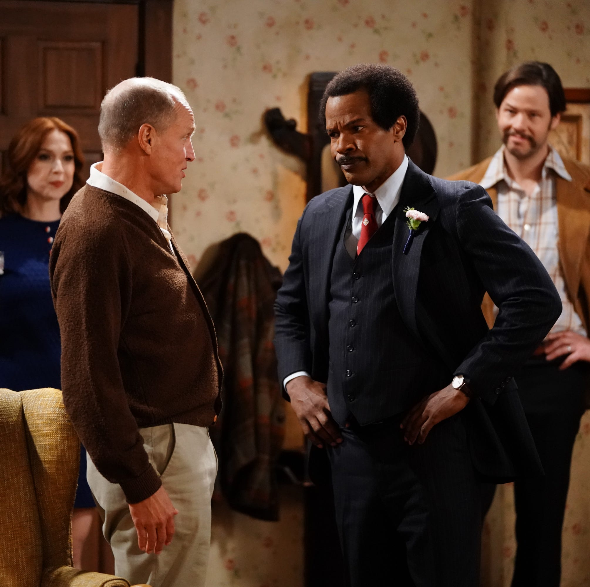 """LIVE IN FRONT OF A STUDIO AUDIENCE: NORMAN LEAR'S 'ALL IN THE FAMILY' AND 'THE JEFFERSONS' - ABC's late-night host Jimmy Kimmel presents a live, 90-minute prime-time event in tribute to classic television sitcoms. """"Live in Front of a Studio Audience: Norman Lear's 'All in the Family' and 'The Jeffersons'"""" teams Kimmel with television icon Norman Lear and executive producers Brent Miller, Will Ferrell, Adam McKay and Justin Theroux. This special, airing live WEDNESDAY, MAY 22 (8:00-9:33 p.m. EDT), on The ABC Television Network, will take viewers down memory lane, recreating an original episode from each of the Emmy(r) Award-winning series """"All in the Family"""" and """"The Jeffersons."""" This legendary night of television will be hosted by Lear and Kimmel, and directed by 10-time Emmy winner James Burrows. (ABC/Eric McCandless)ELLIE KEMPER, WOODY HARRELSON, JAMIE FOXX, IKE BARINHOLTZ"""
