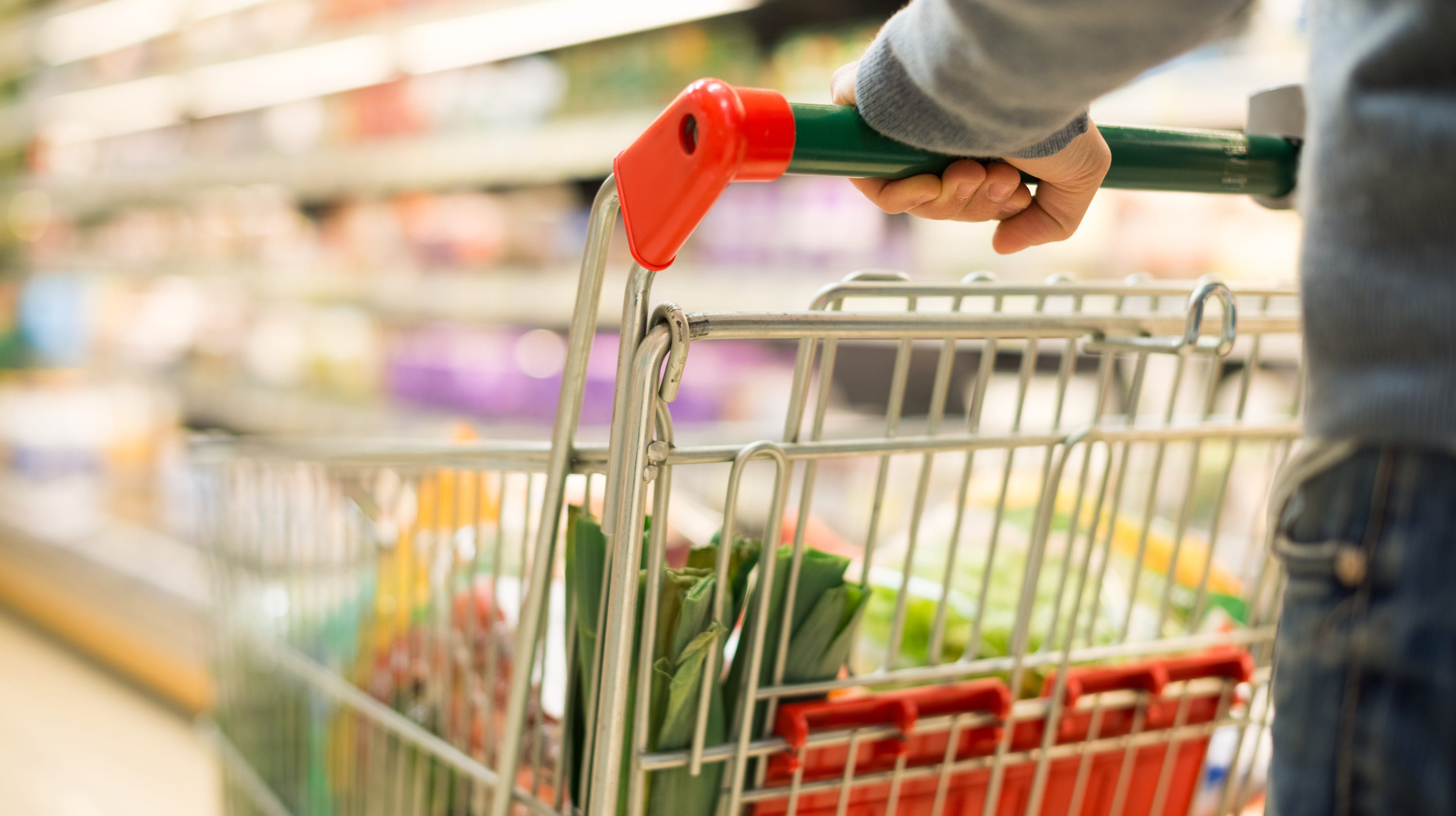 FDA wants food expiration dates standardized with 'best if used by' to cut waste