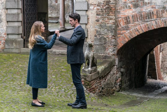 """Teresa Palmer as Diana and Matthew Goode as Matthew in """"A Discovery of Witches."""""""