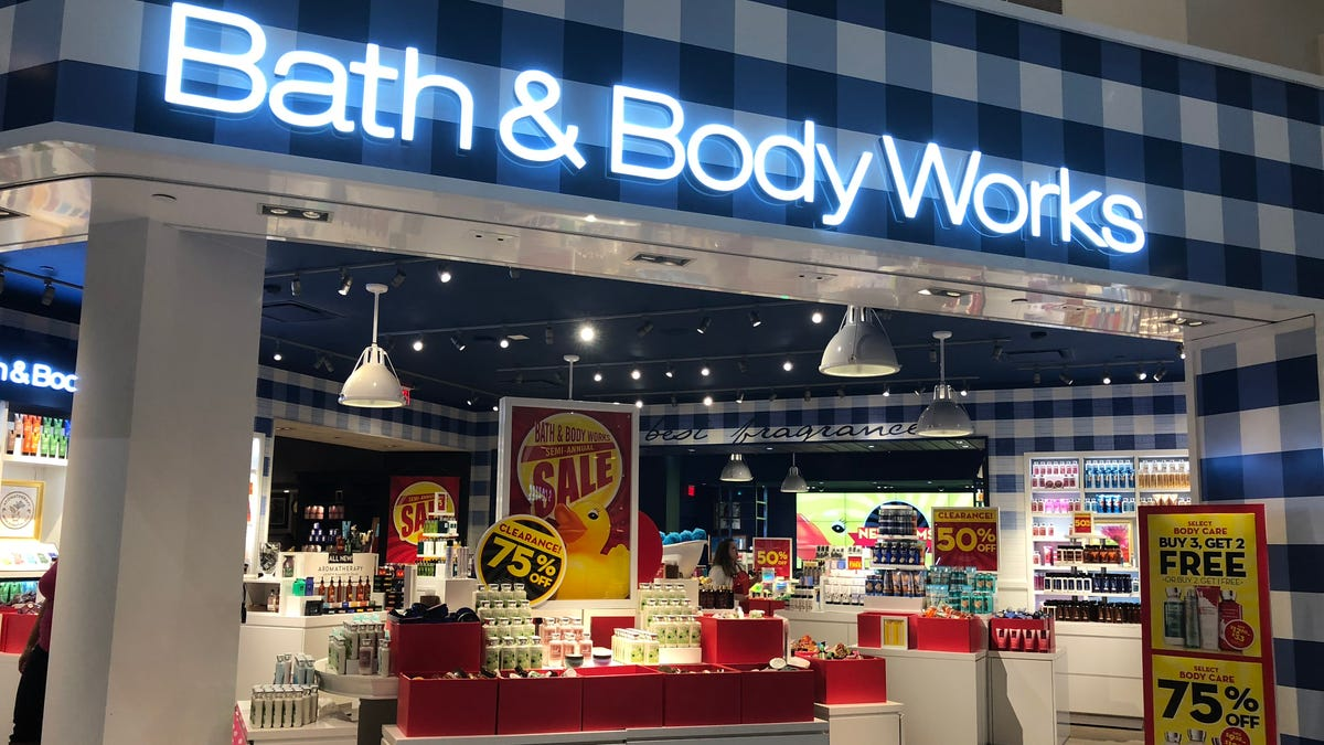 Bath Body Works Store Closings 2019 Retailer Also Opening New Shops