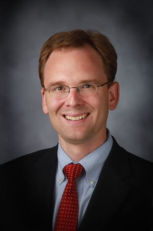 Outagamie County Executive Tom Nelson vetoed the half-percent county sales tax passed by the County Board by a 28-4 vote.