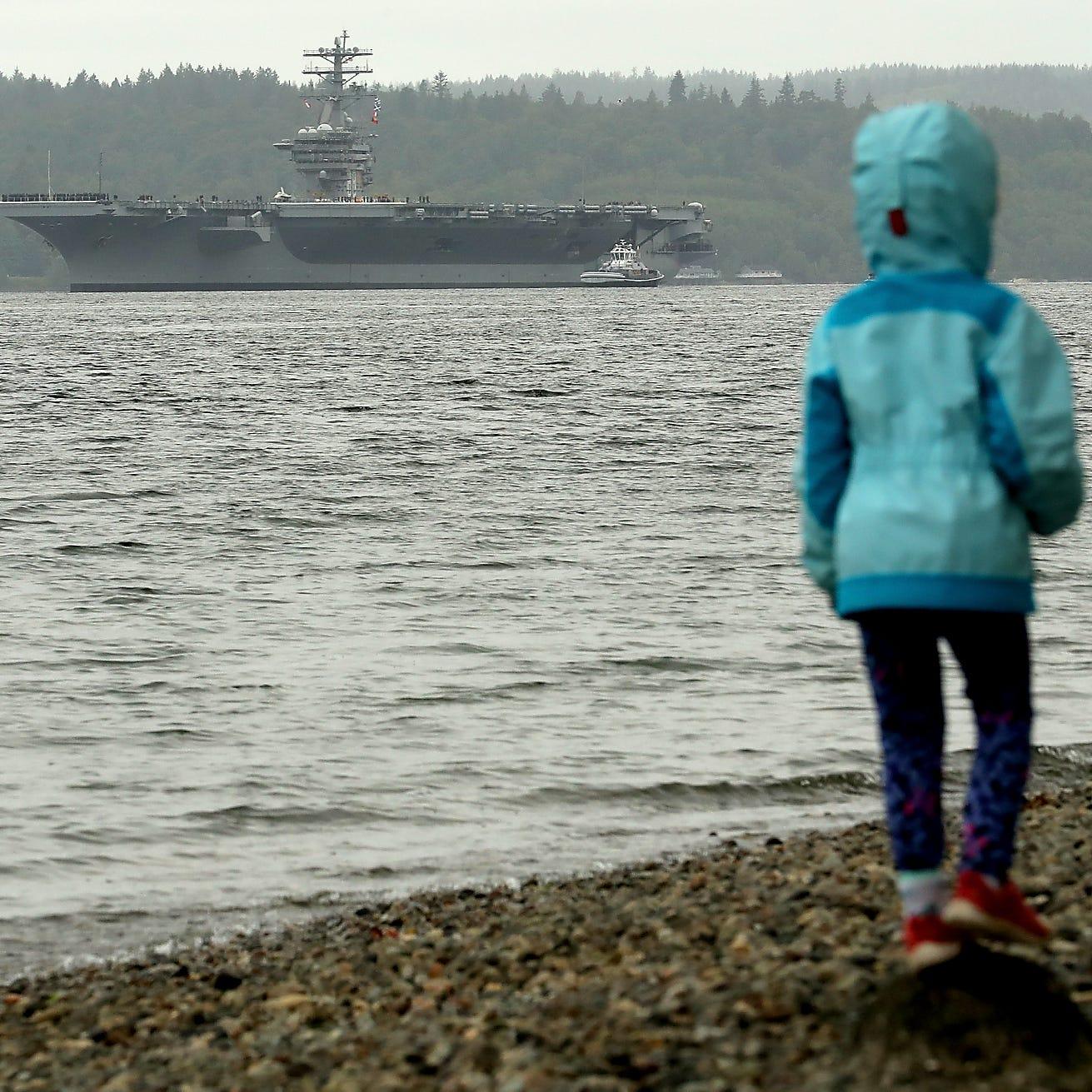 Nimitz, the nation's oldest carrier, leaves Bremerton for training