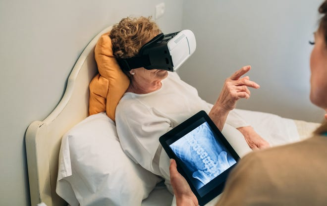 Virtual reality is a hot trend making its way into the medical field.