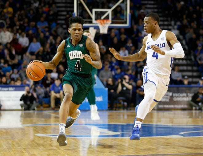 Former Ohio Bobcats guard Teyvion Kirk (4) has committed to transfer to the CSU basketball program.
