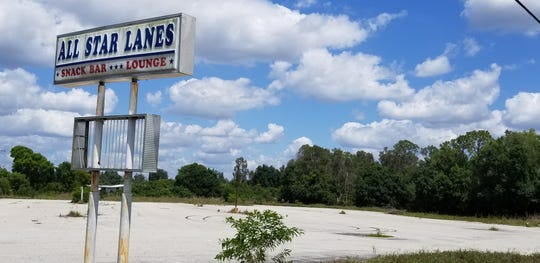 A new boat and recreational vehicle storage facility will soon rise on the site of a former bowling alley in North Fort Myers, vacant for 2 1/2 years,