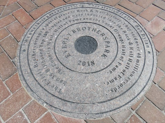 This 3-foot-diameter historical disc mentions Everly Brothers accomplishments and includes quote from Bob Dylan.