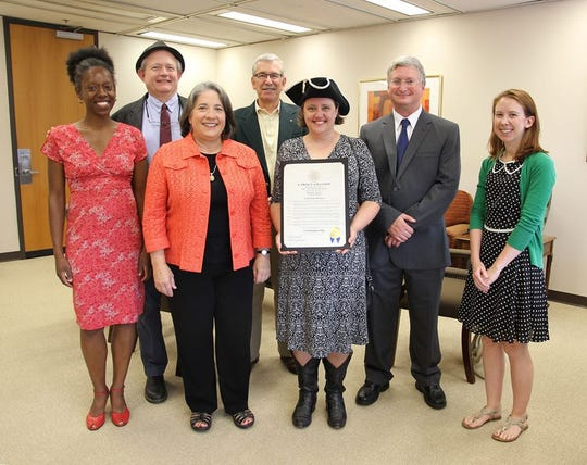 Kelle Jolly, far left, and Debra Dylan, center, on the day Mayor Madeline Rogero honored Nolichucky Pictures with a Constitution Day proclamation.  Also pictured are (back) Phillip Smith-East TN Historical Society, Chris Albrecht-Nolichucky Pictures, Buck Kahler-Nolichucky Pictures and Ashleigh Oatts.