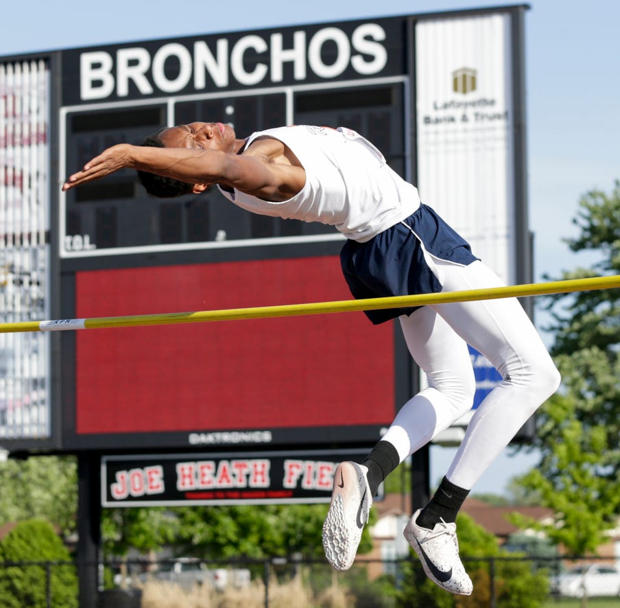 Harrison high jumper DeAndre Alsup continues to excel in first year