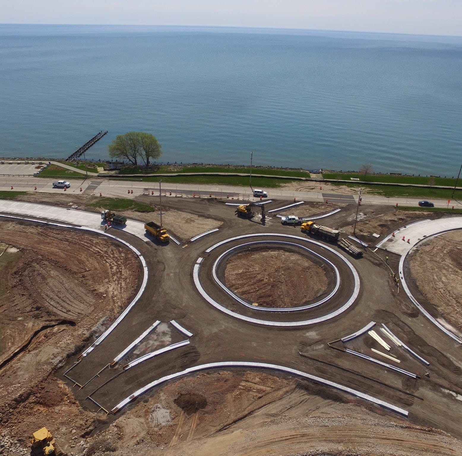 Manitowoc Waldo Boulevard reconstruction: City shares aerial views of roundabout | Briefs