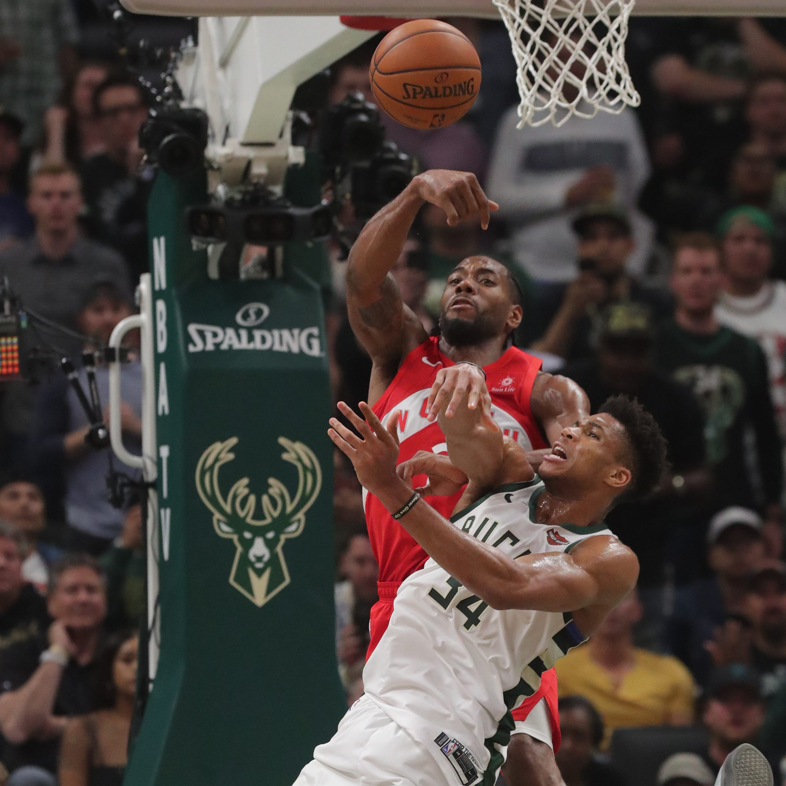 Missed box outs, lack of energy and an unlucky bounce –  five rebounds sank the Bucks in Game 5