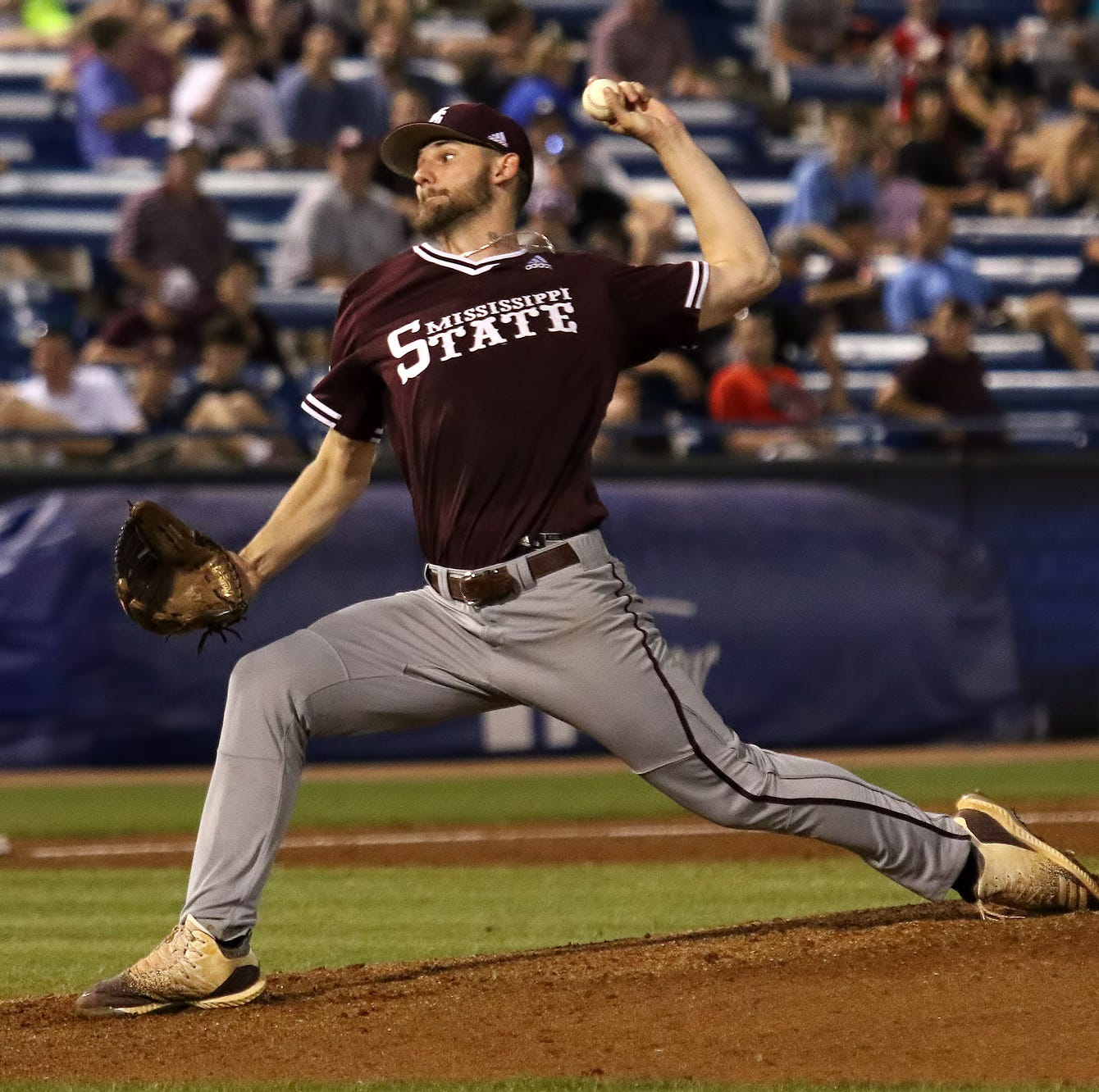 Bulldogs blow Small's sharp start in SEC Tournament loss to Vanderbilt
