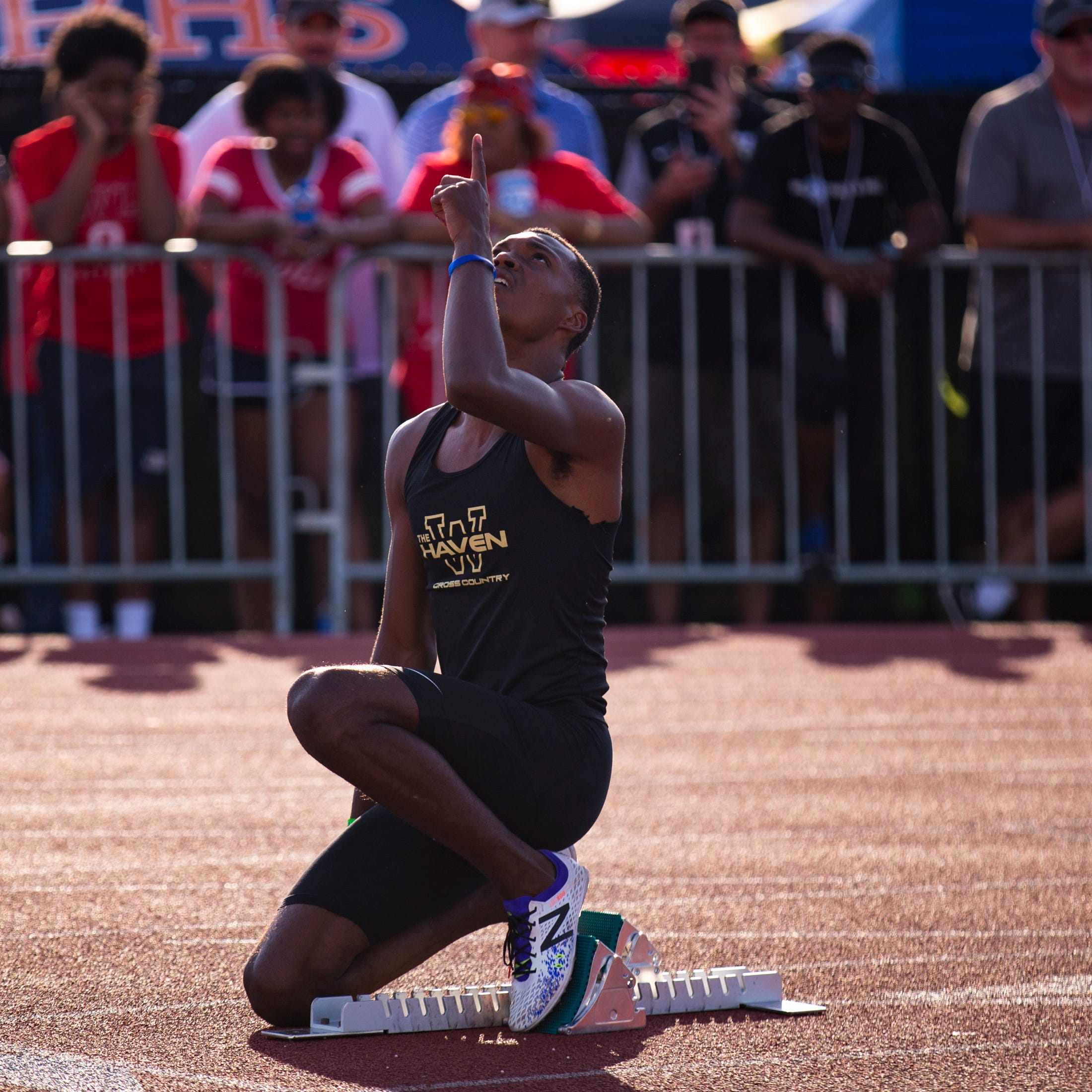 TSSAA Spring Fling: Tennessee signee Emmanuel Bynum sets state 400 record. also wins 100, 200