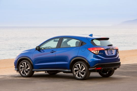 For 2019, the Honda HR-V subcompact SUV expands its appeal with the addition of new Sport and Touring trims, refreshed styling, new technology and a more refined driving experience.