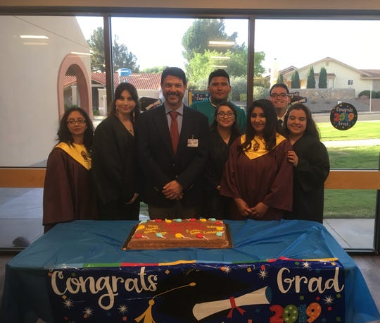 Las Cruces Village recently hosted a graduation celebration for the 2018-219 Project SEARCH interns. Project SEARCH  is a one-year school-to-work internship program for youth with disabilities who are between the ages of 18 and 22.