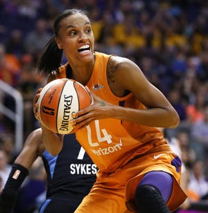 Mercury forward DeWanna Bonner leads the WNBA in points per game (19.4).