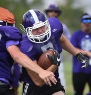 Spanish Springs Colby Preston rushes through the defense during practice on  Aug 15, 2018.