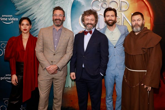 'Good Omens': On set with David Tennant, Michael Sheen and ...