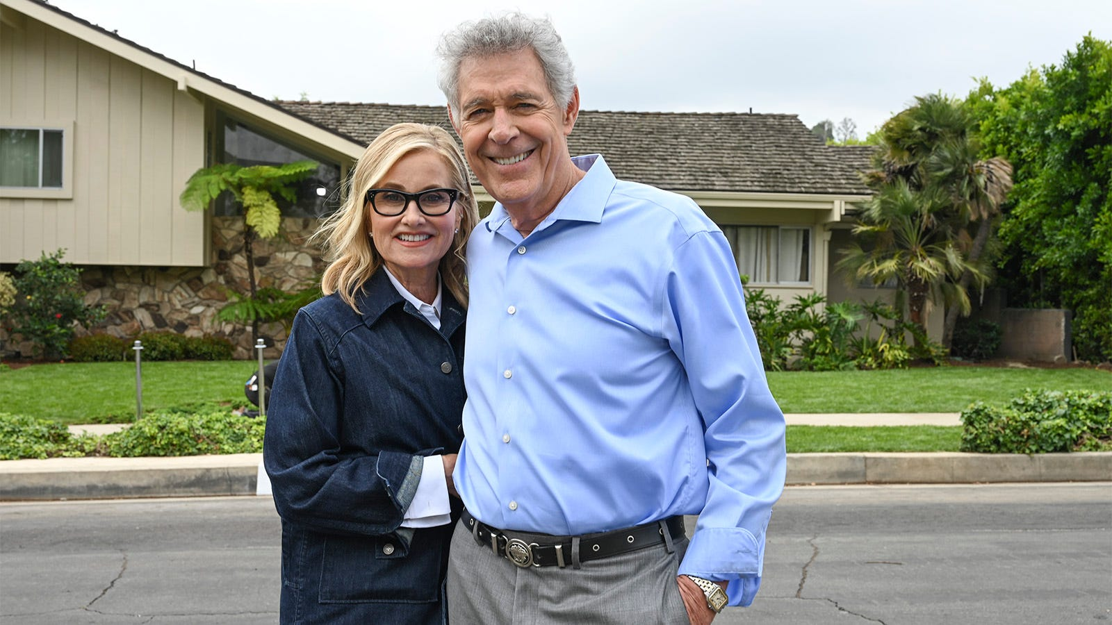 A Very Brady Christmas Cindy.The Brady Bunch House Gets A Makeover That Will Transport Fans Back To The Family Sitcom