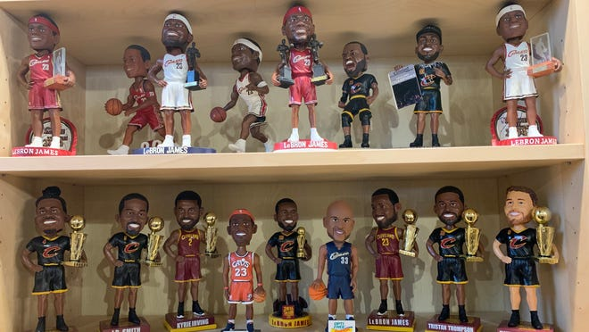 Increase The Features to Custom Bobbleheads and Collector's Item for Your Collector Friend