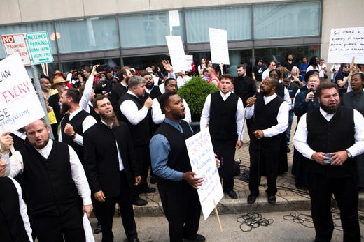 Dayton KKK rally: Police keep KKK members and