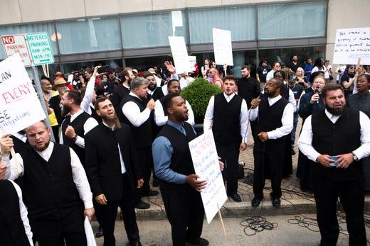 Dayton KKK Rally: Police Keep Klan Members And