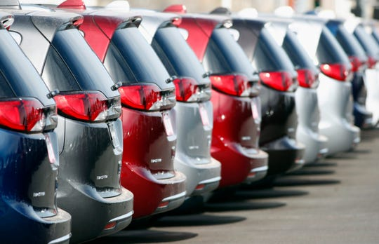 Carmaker Fiat Chrysler Automobiles and French automaker Renault are in talks about a possible alliance