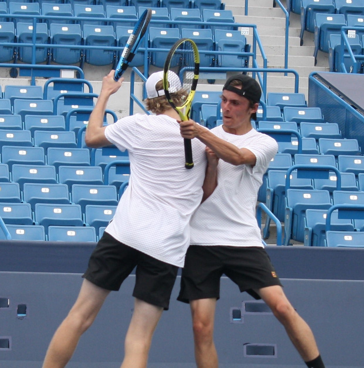 Center stage: State tennis caps great run for area players